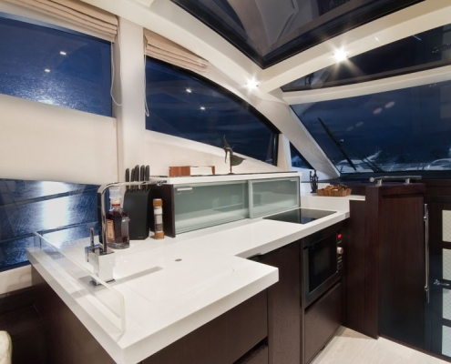 Galeon-430-Skydeck-galley-walnuss-dunkel