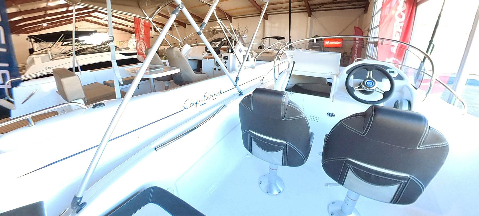 B2 Marine Cap-Ferret 572 Open